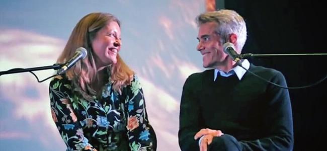 Шерил Ли и Дэна Эшбрук на пресс-конференции