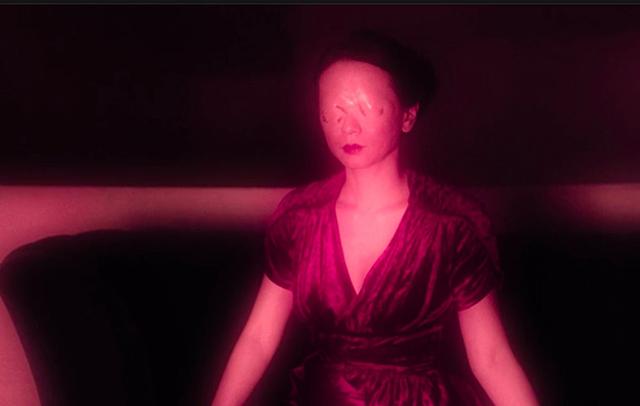 Пурпурная комната азиатка Даяна Твин Пикс 3